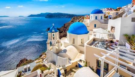 Think-Greece-Country-Santorini-Oia-468940432-marchello74-copy